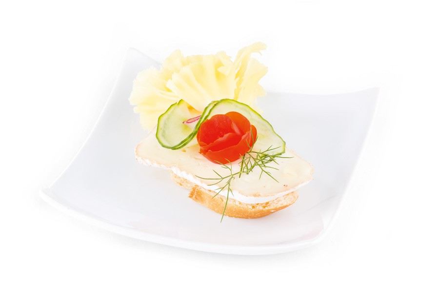 konsum-catering-canapes-mit-frz-weichkaese